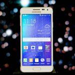 Galaxy Alpha: il primo smartphone Samsung con la scocca in metallo