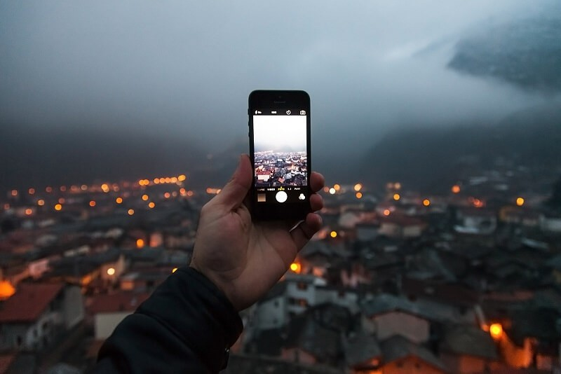 Immagine smartphone royalty free_800x534
